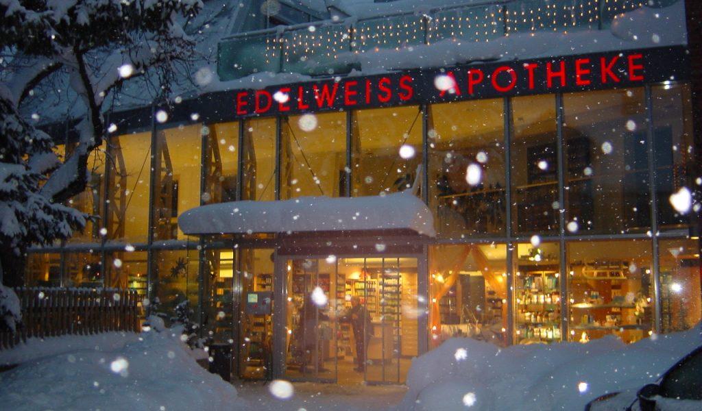 Apotheke Schneefall